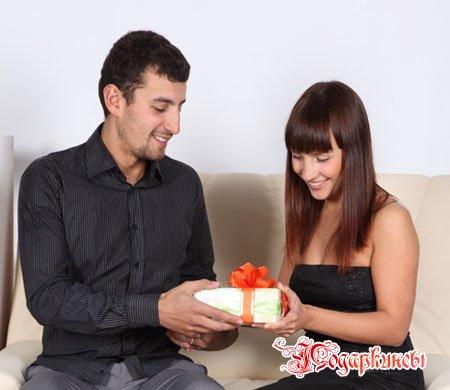 Какой подарок сделать жене на день рождения?