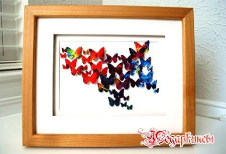 крылатые картины из разноцветных бабочек