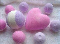 1369315457_shipuchaya-bombochka-romantika Как сделать бомбочки для ванны своими руками