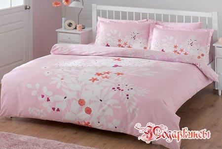 Розовое бельё